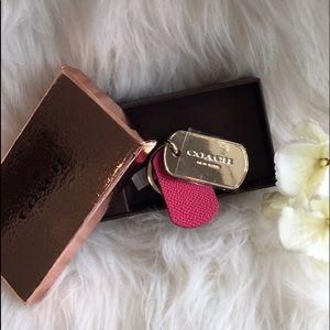 🆕Coach Fuschia Leather Key Chain